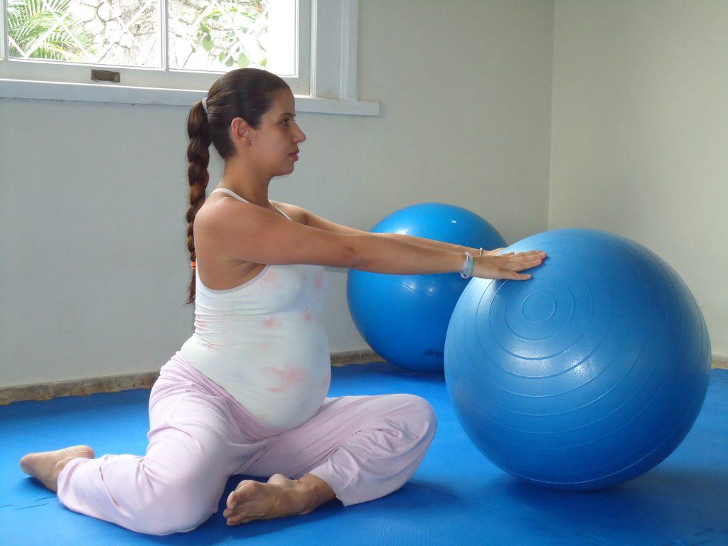 Pilates ajuda a manter equilíbrio e disposição durante a gravidez
