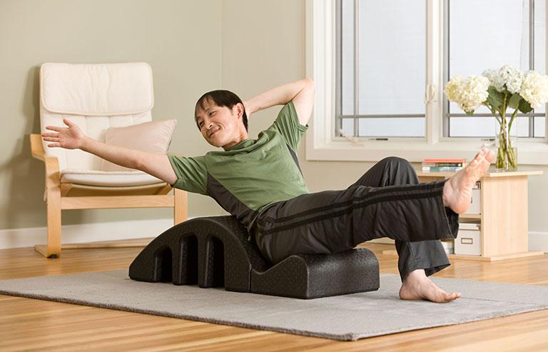 Use roupas confortáveis na atividade física em casa