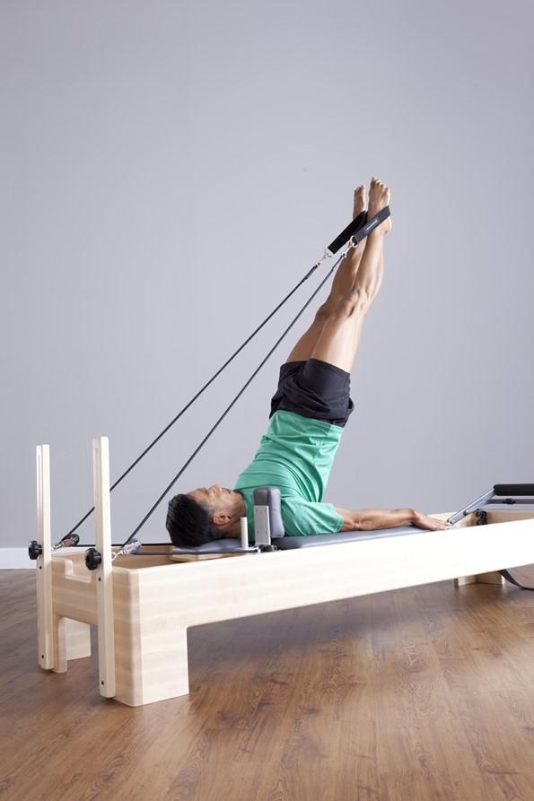 Benefícios do Pilates para homens são inúmeros