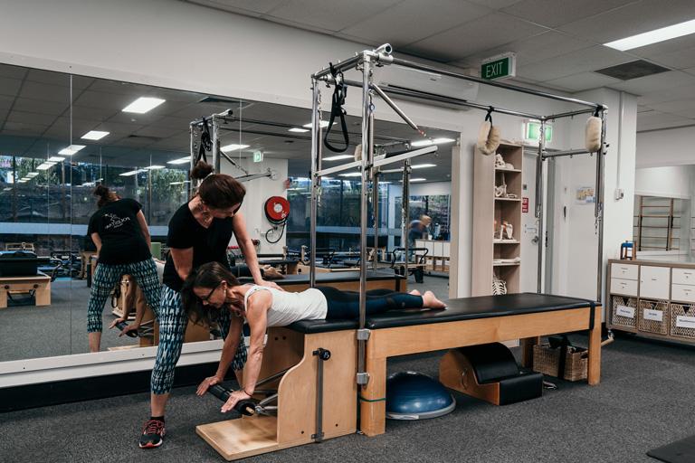 Como montar um estúdio de Pilates com Cadillac