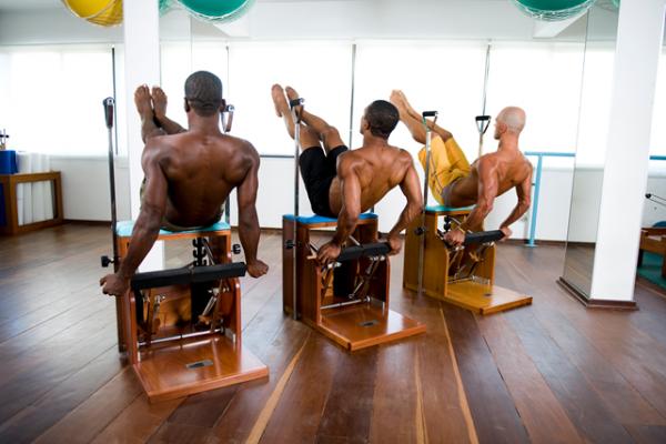 São muitos os benefícios do Pilates para homens