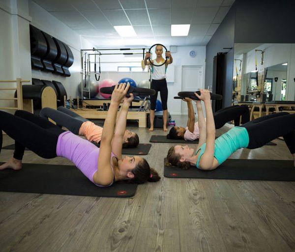 Aula de Pilates emagrece