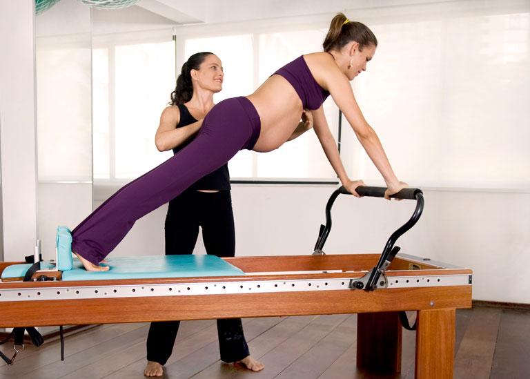 Pilates para gestantes apresenta benefícios