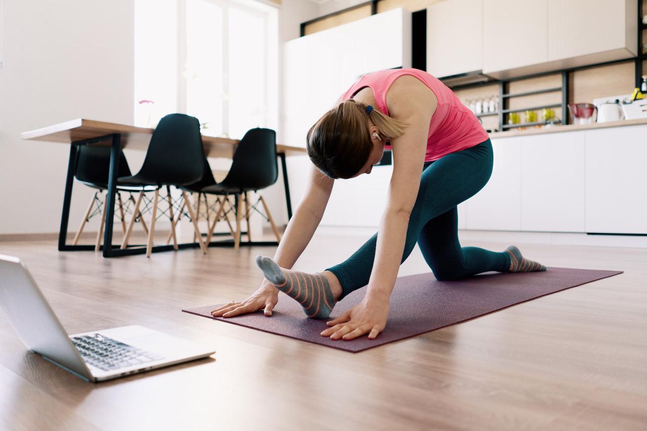 Por que fazer aula online de Pilates